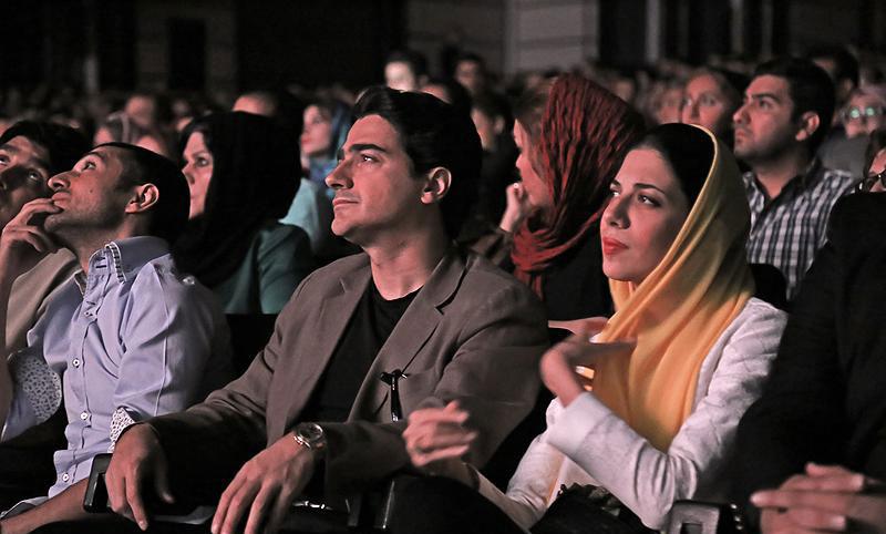 گزارش تصویری از کنسرت علی زندوکیلی
