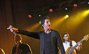 گزارش کنسرت فرزاد فرزین در کرمانشاه